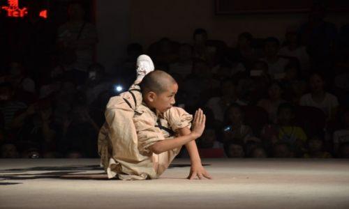 Zdjęcie CHINY / prowincja Henan / klasztor Shaolin / Pozycja