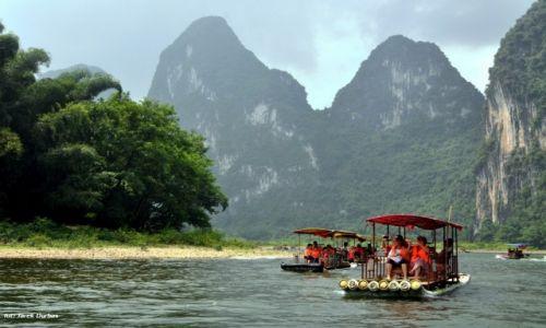 Zdjęcie CHINY / Kuangsi / okolice Yangshuo / spływ rzeką Li