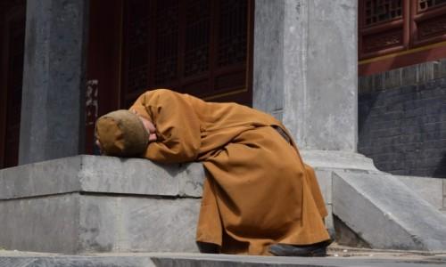 Zdjęcie CHINY / Luoyang / Shaolin / Zmęczony:)