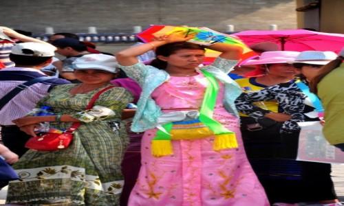 Zdjecie CHINY / Beijing / �wi�tynia Nieba / Kolorowe pi�kno