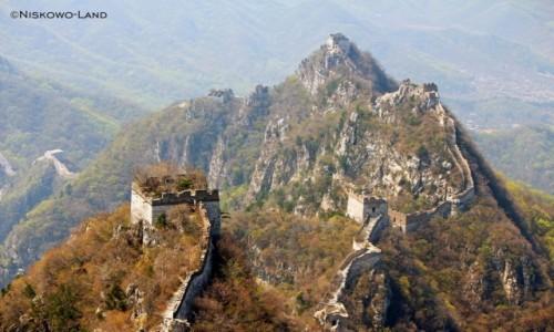 CHINY / - / Jiankou / Chiny - Jiankou - Wielki Mur Chi�ski z plecakiem