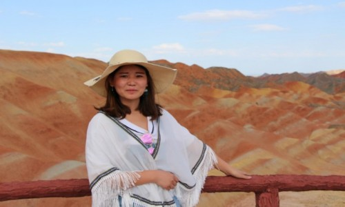 Zdjecie CHINY / - / Zhangye /  Piękna w pięknych górach