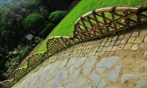 Zdjęcie CHINY / prowincja Jangsu / ogrody Wuxi / Płotek bez kotka