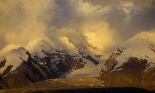 CHINY / Pamir / Mt. Kongur  / Kongur w Pamirze Chin