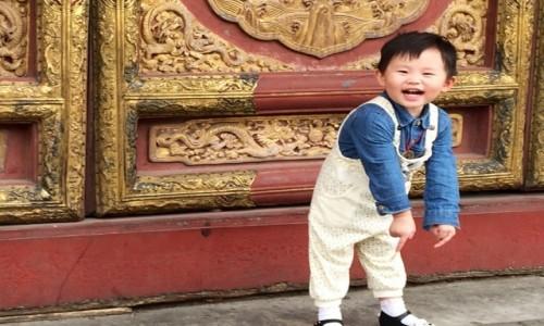 Zdjecie CHINY / Pekin / Świątynia / Beztroska radość
