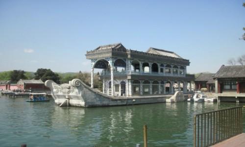 Zdjecie CHINY / - / Pekin / Pałac Letni w Pekinie ze sztucznym jeziorem Kunming