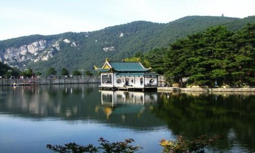 Zdjecie CHINY / prowincja Jiangxi / Lu Shan / jezioro Ruqin