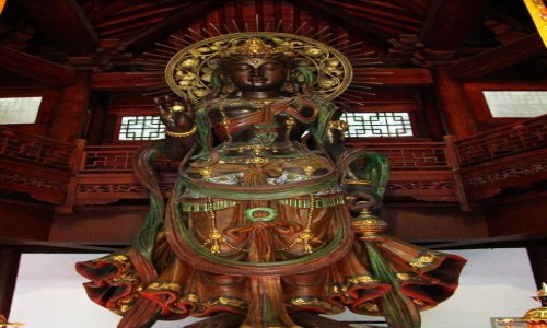 Zdjecie CHINY / prowincja Zhejiang / Hangzhou / Taoguang  Temple- posąg Guanyin