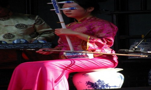 Zdjęcie CHINY / Szanghaj / Szanghaj / chińskie instrumenty ceramiczne