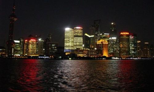 Zdjęcie CHINY / Szanghaj / Szanghaj / Pudong nocą