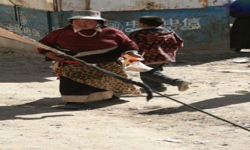 CHINY / brak / Prowincja Gansu / Tybetanka z Xiahe