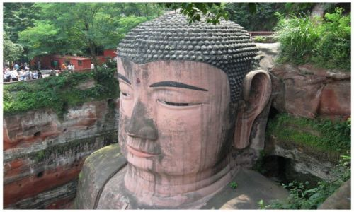 Zdjęcie CHINY / Chiny środkowe / Leshan / Siedzący Budda z Leshan