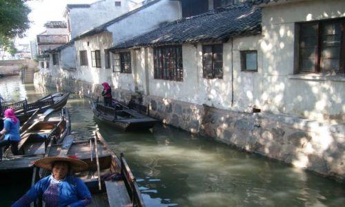Zdjecie CHINY / Okolice Szanghaju / Luzhi / W chi�skiej Wen