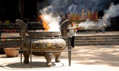 Zdjecie CHINY / Syczuan / Leshan/Dafo / Świątynia buddyjska w Dafo
