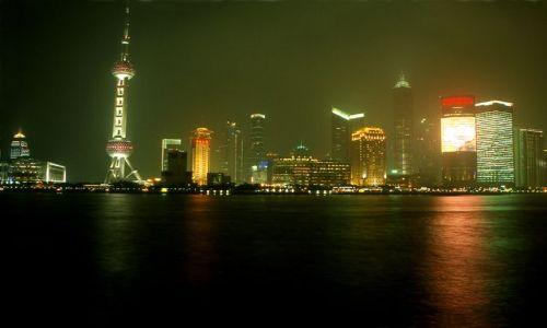 Zdjecie CHINY / brak / Shanghai / Pudong w nocy