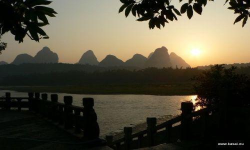 CHINY / brak / Yangshuo / Chiny Yangshuo nad rzeką Li