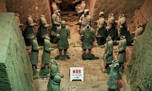 Zdjecie CHINY / Shaanxi / X'ian / Armia Terakotowa