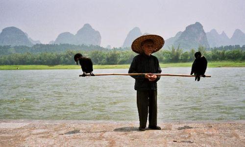 CHINY / Guangxi / Jangshuo / rybak