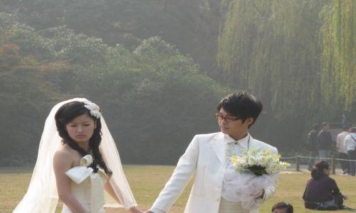 Zdjęcie CHINY / Hangzhou / miejski park / posmutniala