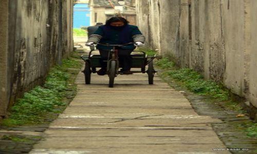 CHINY / - / Wuzhen / Wuzhen - na rowerze