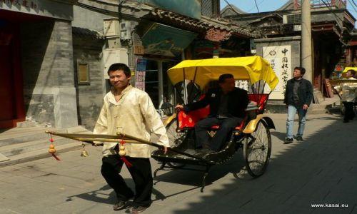 CHINY / - / Hutongi / Pekin - riksza