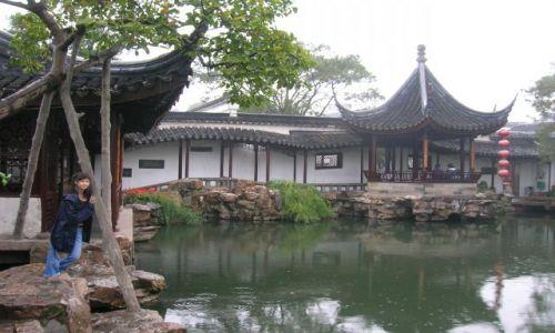 Zdjecie CHINY / brak / Suzhou / spacer w deszczu