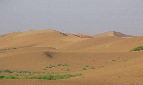 Zdjęcie CHINY / NE Chiny / Sungari / Huang He plynie na skraju pustyni