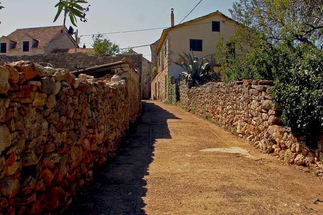 Zdjęcia: Dalmacja, Dalmacja, zapomniane uliczki , CHORWACJA