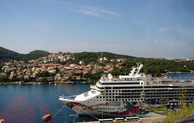Zdj�cia:  przed Dubrownikiem, Dalmacja , stateczek, CHORWACJA