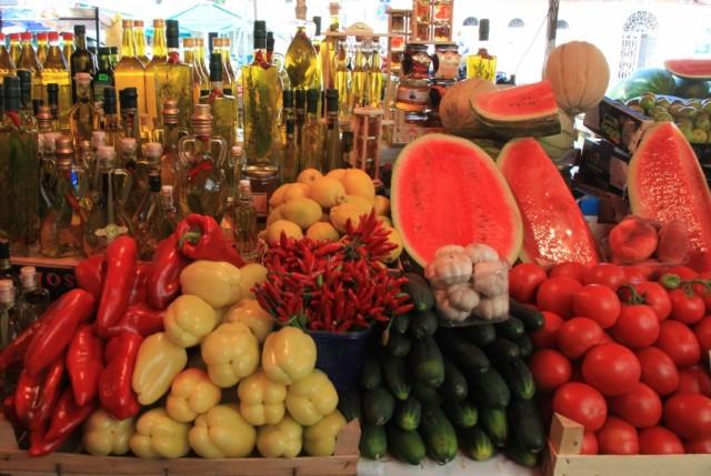Zdjęcia: Trogir, Okręg Splicko-Dalmatyński, Kolorowe i smaczne, CHORWACJA