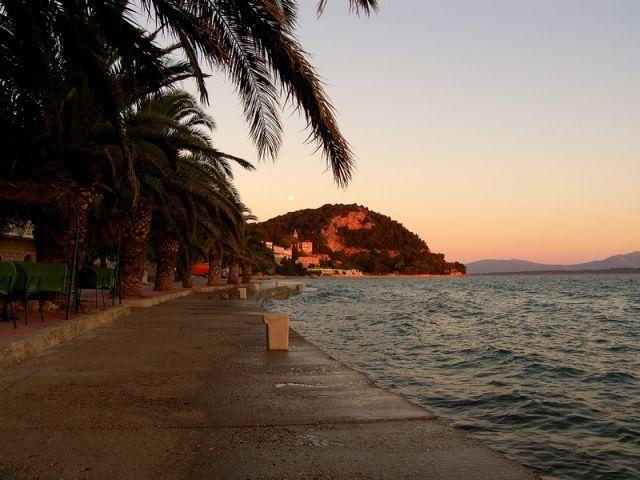 Zdjęcia: Zivogosce, Dalmacja, na brzegu...cd, CHORWACJA