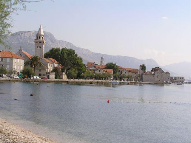 Zdjęcia: Między Trogirem a Splitem, Dalmacja, Nad Zatoką Kasztelańską, CHORWACJA