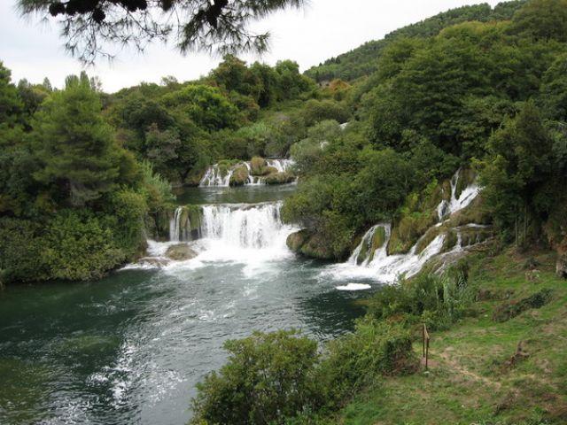 Zdjęcia: Wodospady, Dalmacja, Slapovi rijeke Krke II, CHORWACJA
