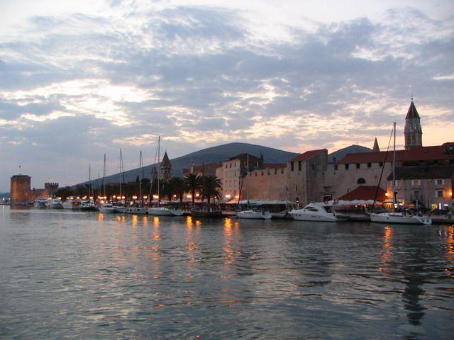 Zdjęcia: Trogir, Dalmacja, Adriatyckiego wybrzeża perełka- Trogir, CHORWACJA
