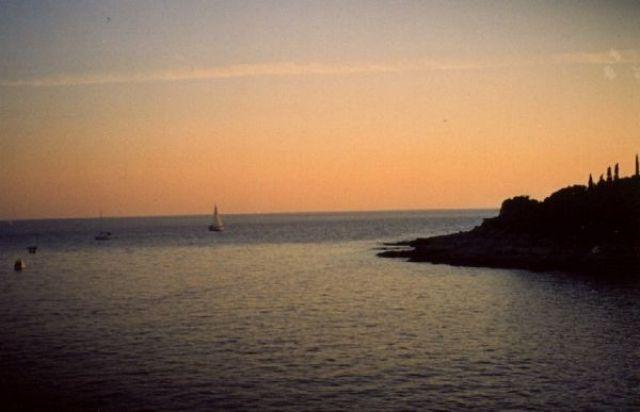 Zdjęcia: Pula, Istria, po zmierzchu, CHORWACJA