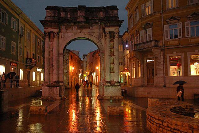 Zdjęcia: Pula, Istria, Łuk Sergiusza , CHORWACJA