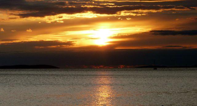 Zdjęcia: Omisz, Dalmacja, Zachód słońca 01, CHORWACJA