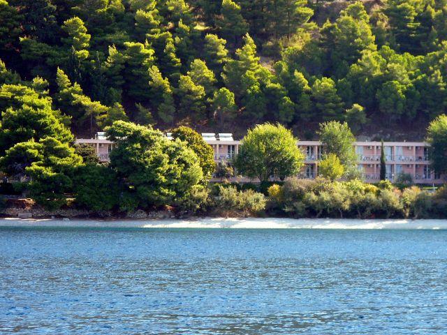 Zdjęcia: Omisz, Dalmacja, Hotel Brzet, CHORWACJA