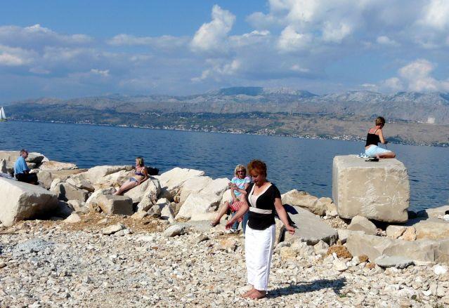 Zdjęcia: Wyspa Bracz, Dalmacja, Kamienista plaża, CHORWACJA