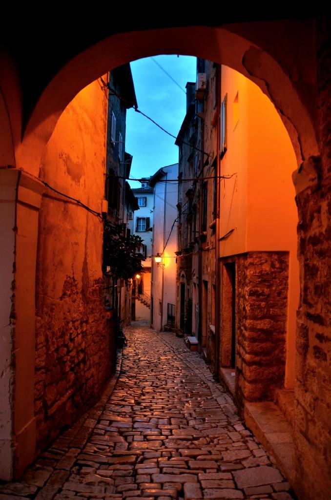 Zdjęcia: Rovinj,  Półwysep Istria, Uliczka, CHORWACJA