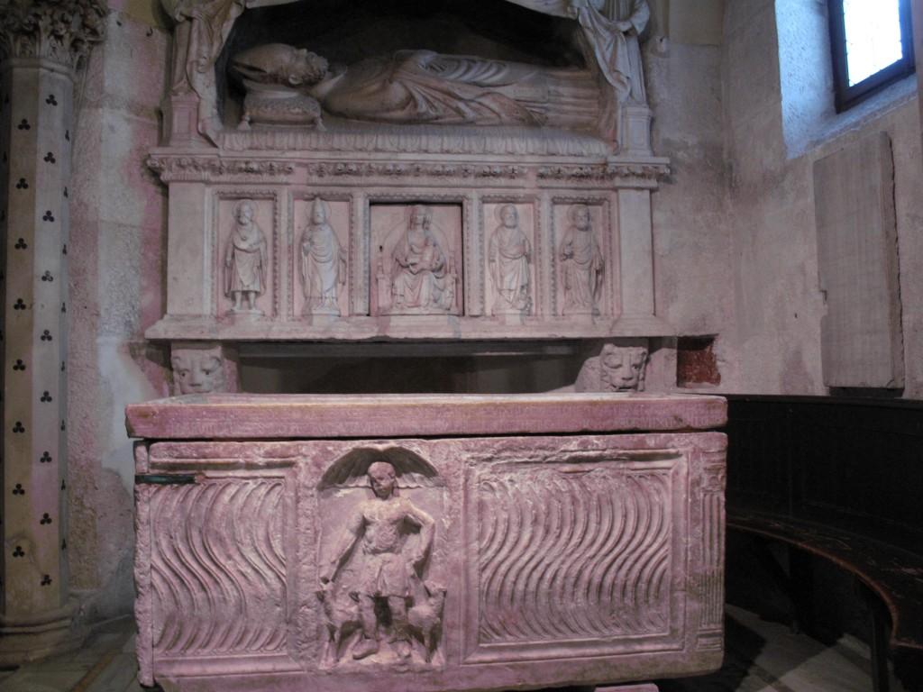 Zdjęcia: Split, Split, Sarkofagi w katedrze, CHORWACJA