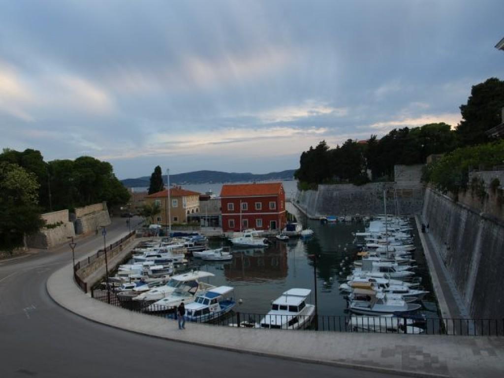 Zdjęcia: Zadar, Dalmacja, łódeczki, CHORWACJA