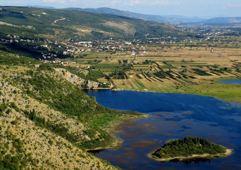 Zdjęcia: park krajobrazowy niedaleko miasteczka Imotski, Dalmacja, Prološko Blato..., CHORWACJA