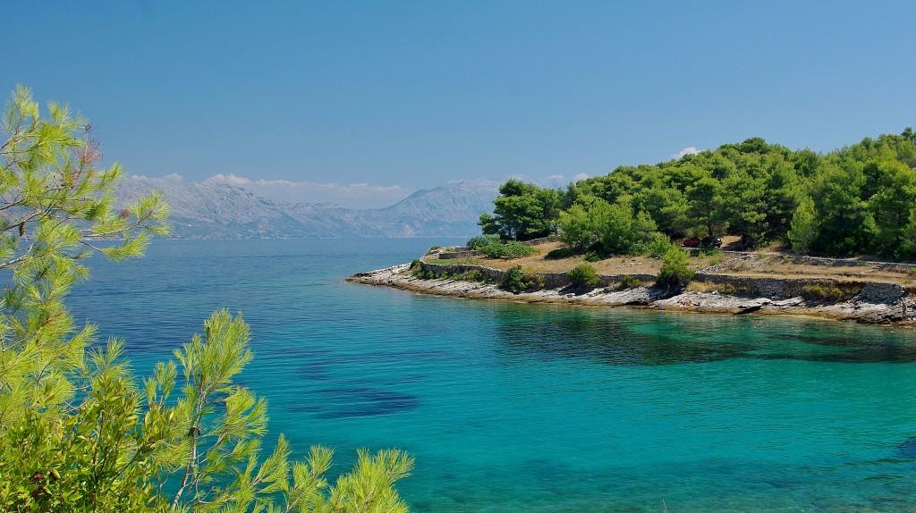 Zdjęcia: Zatoka Lovrecina, Wyspa Brac, Chorwacka zatoczka, CHORWACJA