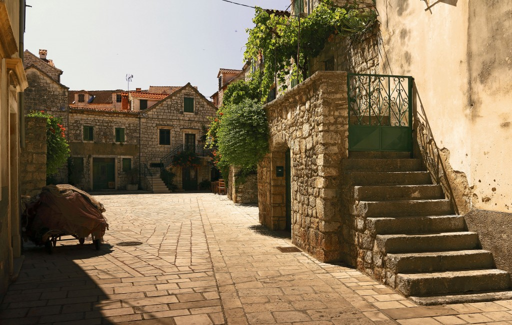 Zdjęcia:  Stari Grad , Środkowej Dalmacji -Hvar, Stare kamienne uliczki , CHORWACJA