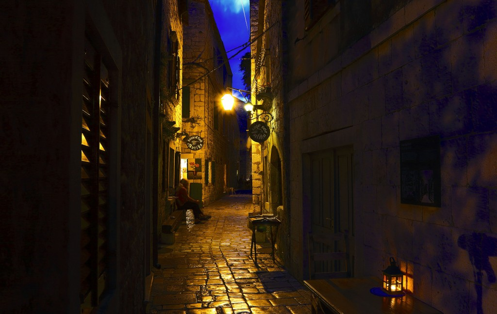 Zdjęcia:  Stari Grad , Środkowej Dalmacji -Hvar, Hvar nocą, CHORWACJA