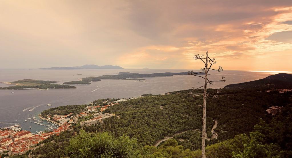 Zdjęcia: Hvar, Środkowej Dalmacji -Hvar, Zachód słońca nad Hvarem, CHORWACJA