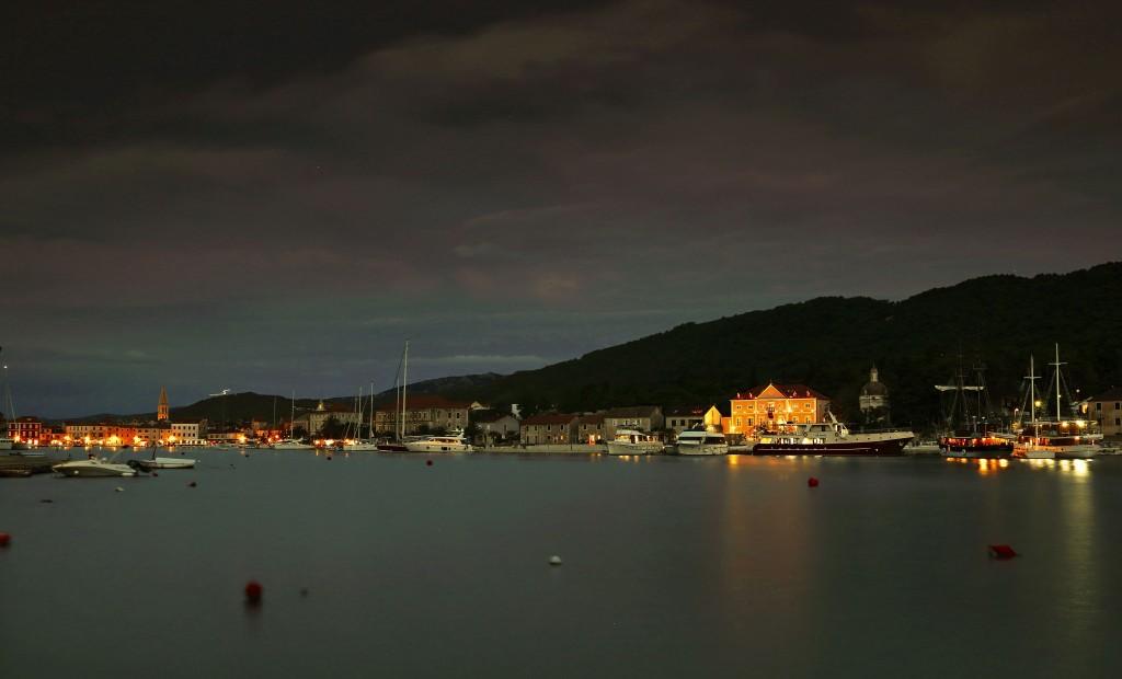 Zdjęcia:  Stari Grad , Środkowej Dalmacji -Hvar, Wieczorne spacery, CHORWACJA