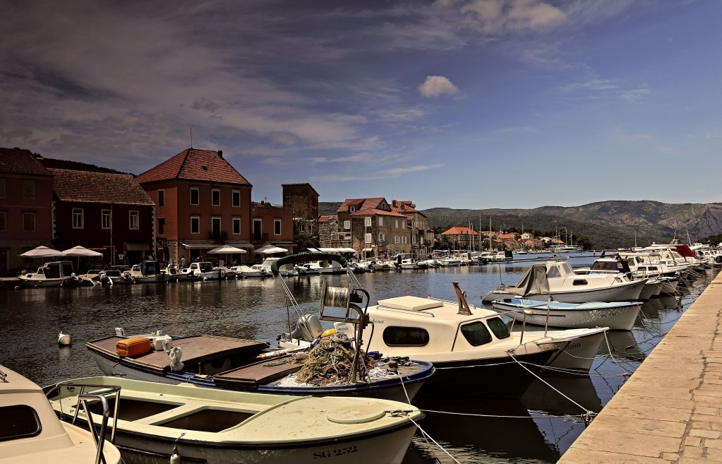 Zdjęcia:  Stari Grad , Środkowej Dalmacji -Hvar, Port w Starim Gradzie. , CHORWACJA