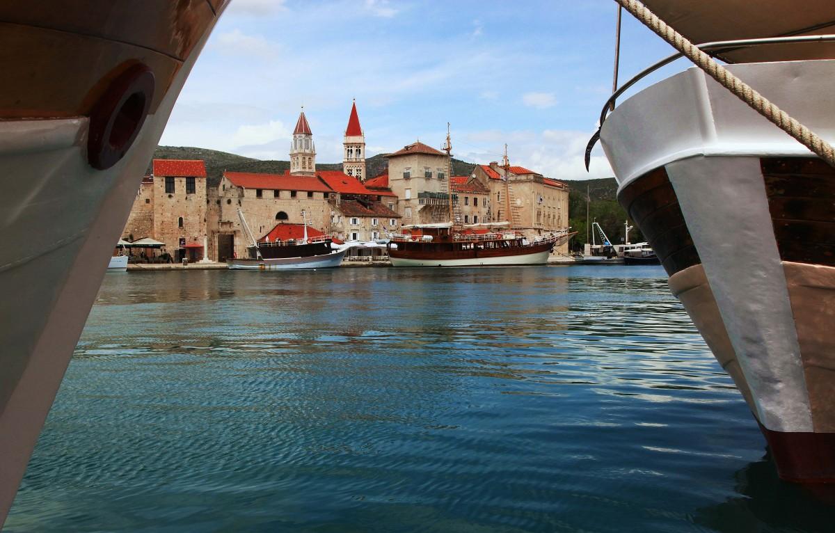 Zdjęcia: Trogir, Środkowa Dalmacja, Miasto portowe, CHORWACJA